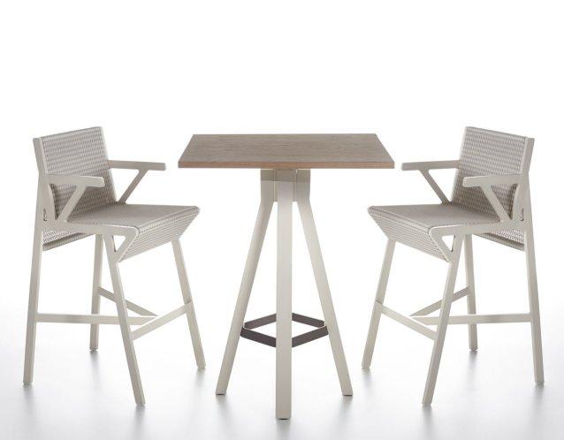 VIEQUES Barmöbel, Barstühle aus Aluminium mit Porotex Gewebe Nido d``Ape