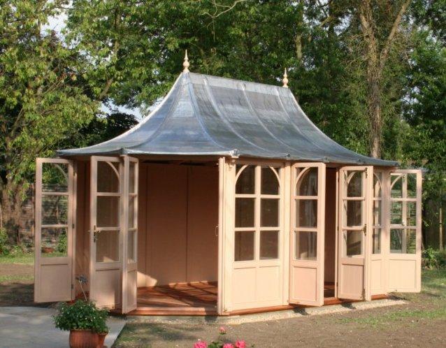 STOW Gartenhaus 5200x3000mm mit geöffneten Türen