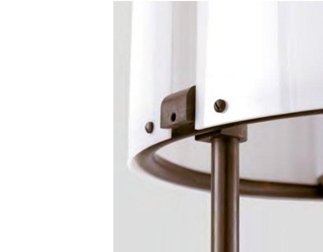 Detailansicht des MORA Lampenschirms aus Methacrylat