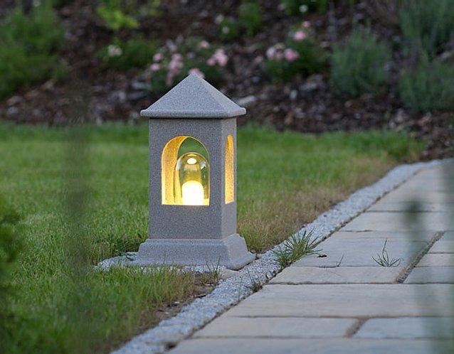 DENK Lichthaus Wegeleuchte aus CeraNatur®-Keramik mit Granicium®