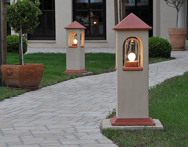 DENK Lichthaus Wegeleuchte aus CeraNatur®-Keramik in hellbeige