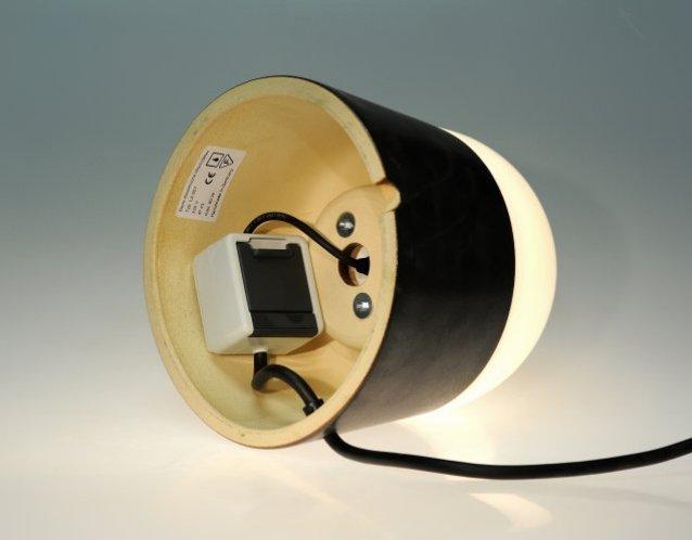 mobile Leuchte LUXOR CeraLava® mit eingebauter Steckdose, schutzisoliert IP 43