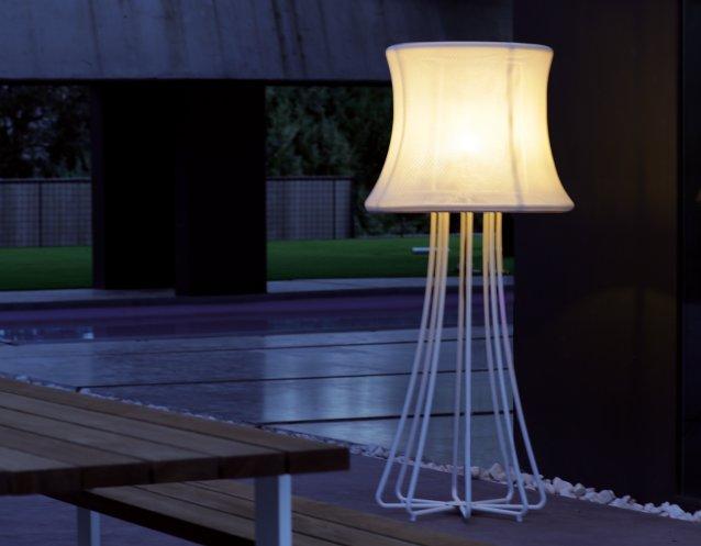 3D Garten-Standleuchte aus Aluminium,  Ø 82,5 cm, 197 cm hoch mit 3,5 m Kabel