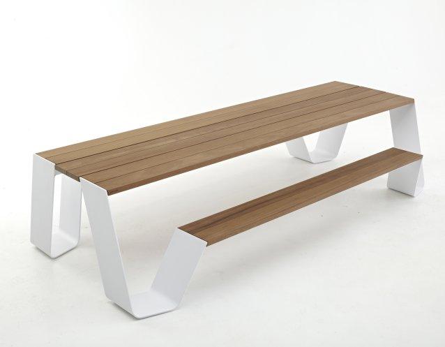 gartenmobel bank und tisch interessante. Black Bedroom Furniture Sets. Home Design Ideas