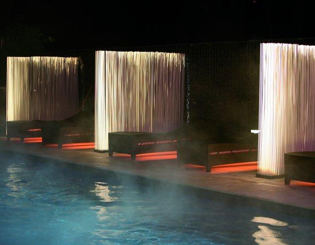 Sticks extremis sichtschutz edle wohnkultur im for Pool aus gummi