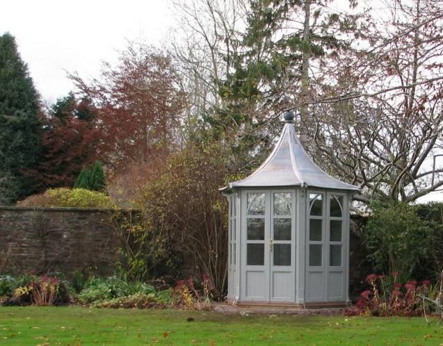 HOLKHAM Gartenhaus, Ø 1900mm mit Kathedraldach, Farbe Orchestral Steel