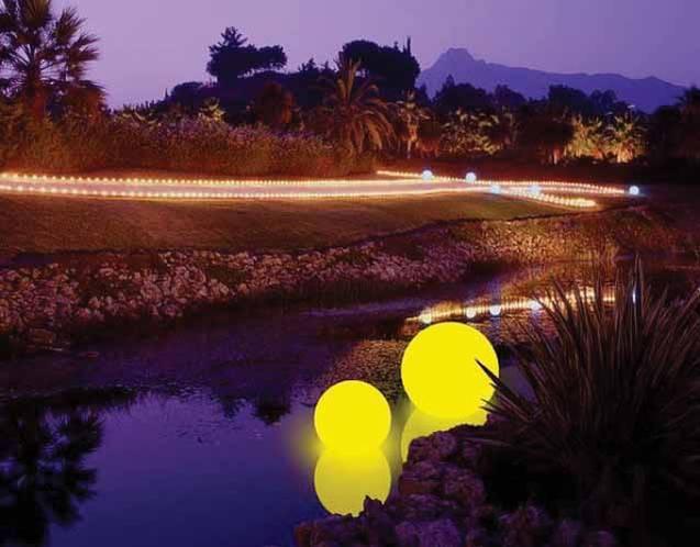 MOONLIGHT Schwimmleuchten mit gelben Farbfiltern